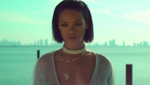 Rihanna – Needed Me 歌詞を和訳してみた