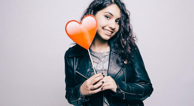 Alessia Cara – Scars To Your Beautiful 歌詞を和訳してみた
