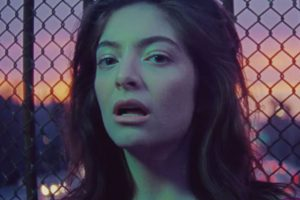 lorde-green-light