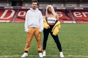louis-tomlinson-bebe-rexha-back-to-you-digital-farm-animals