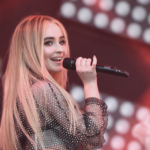 Sabrina Carpenter – Almost Love 歌詞を和訳してみた